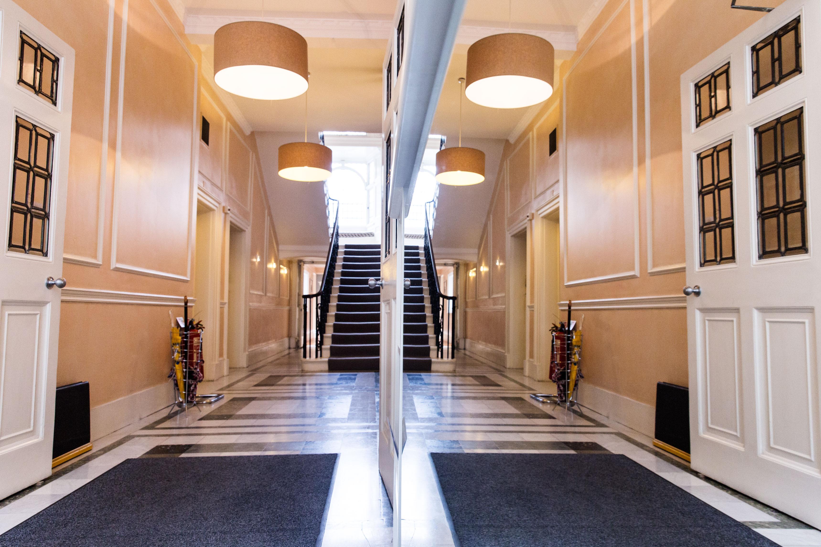 Wimpole Eye Clinic, London - Inside